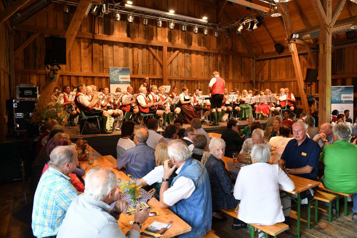Frühschoppen mit der Blasmusikkapelle der Energie AG